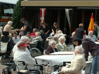 Pflege Und Altenheime
